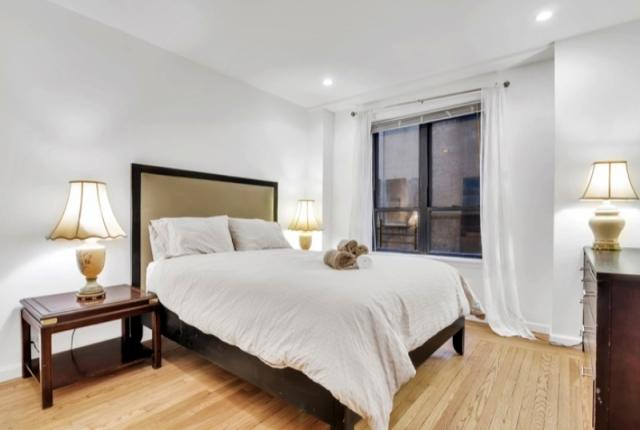 Central Park South 2 Bedroom 2 Bathroom photo 53381