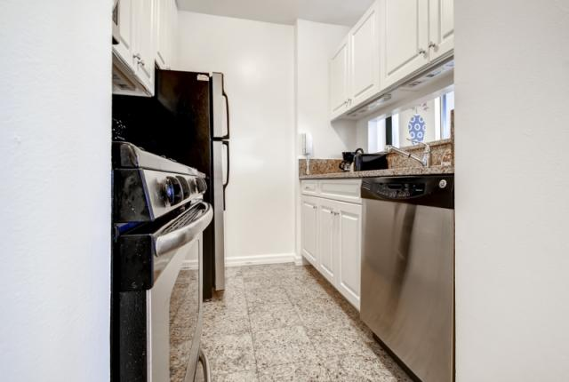 Luxury Suites at Theate District-1 bdrm photo 52809