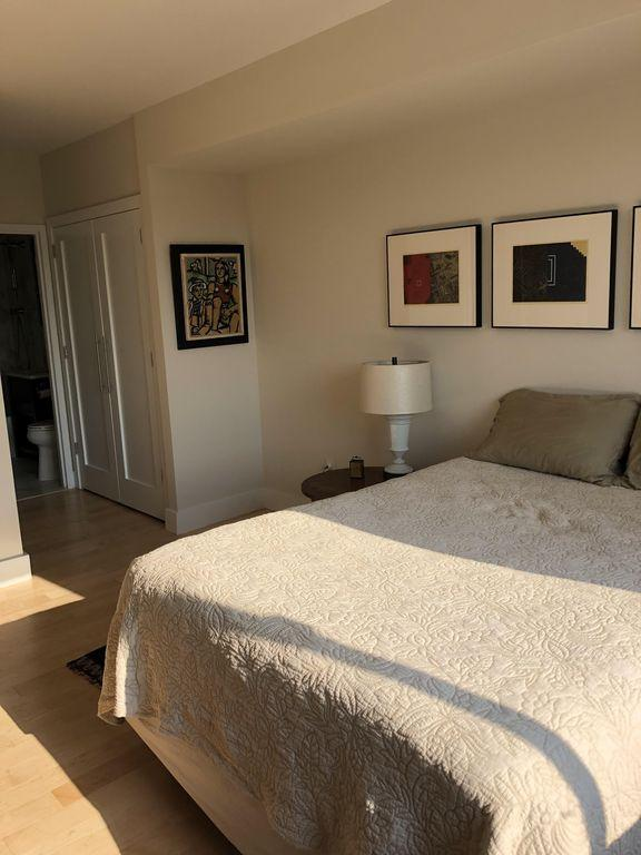 Apartment Modern 2 Bedroom West Village Apartment photo 102433