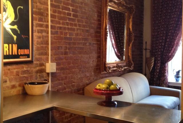NY Escape Greenwich 14th Street photo 49742