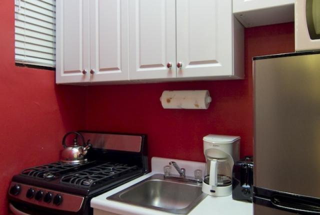 budget two bedroom apartment in Midtown East photo 50968