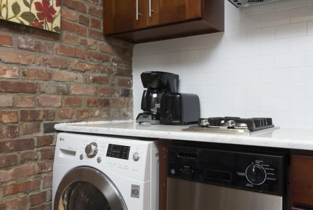 Lovely 2 Bedroom Apartment in East Village photo 51600