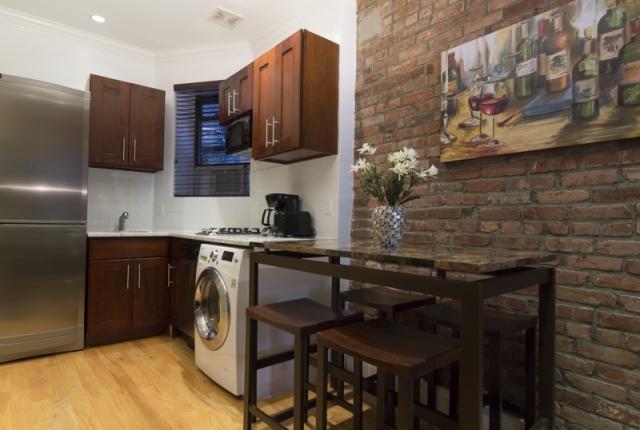 Beautiful 2 Bedroom Flat in East Village photo 51135