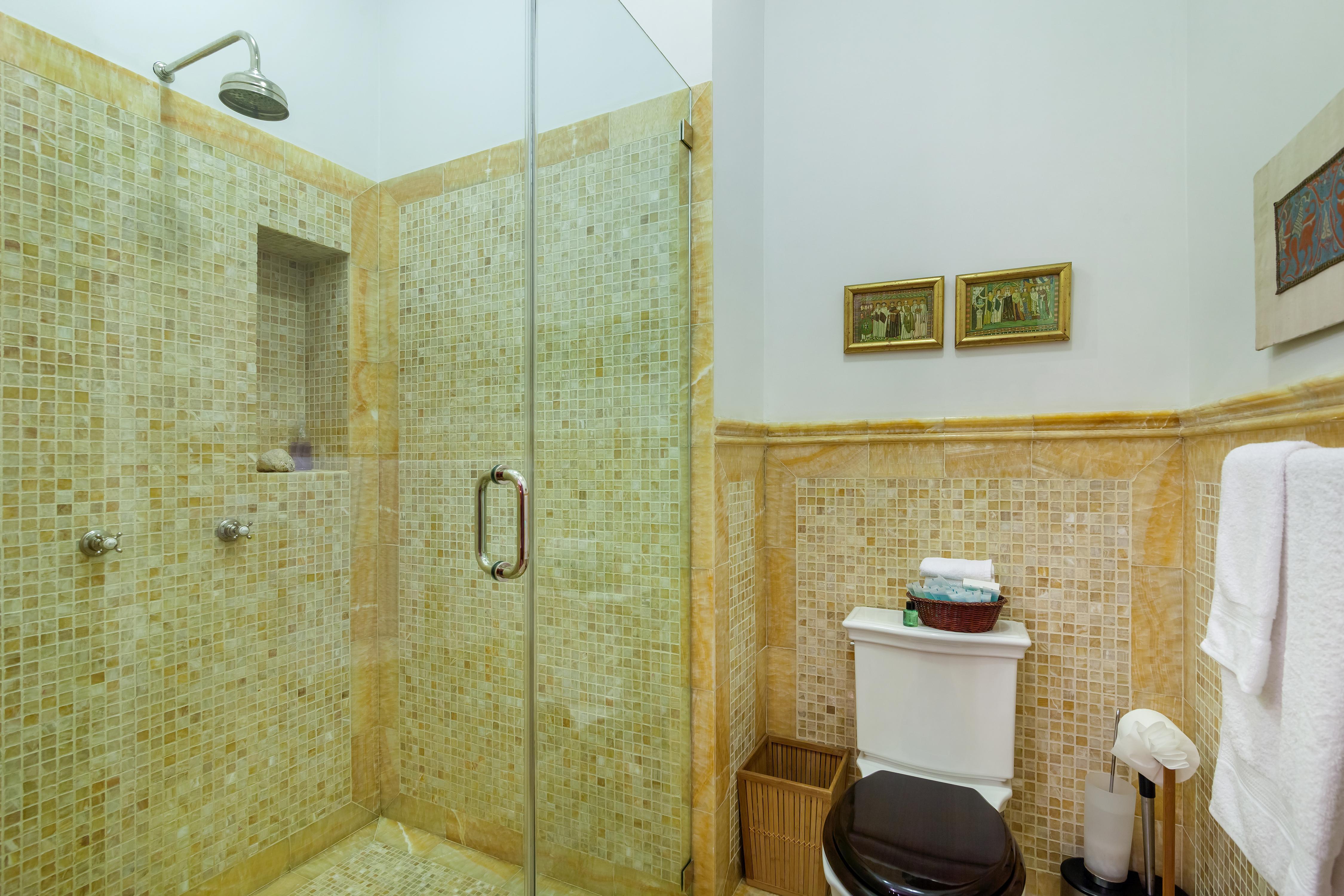 Private Suite in Manhattan Mansion photo 23324505