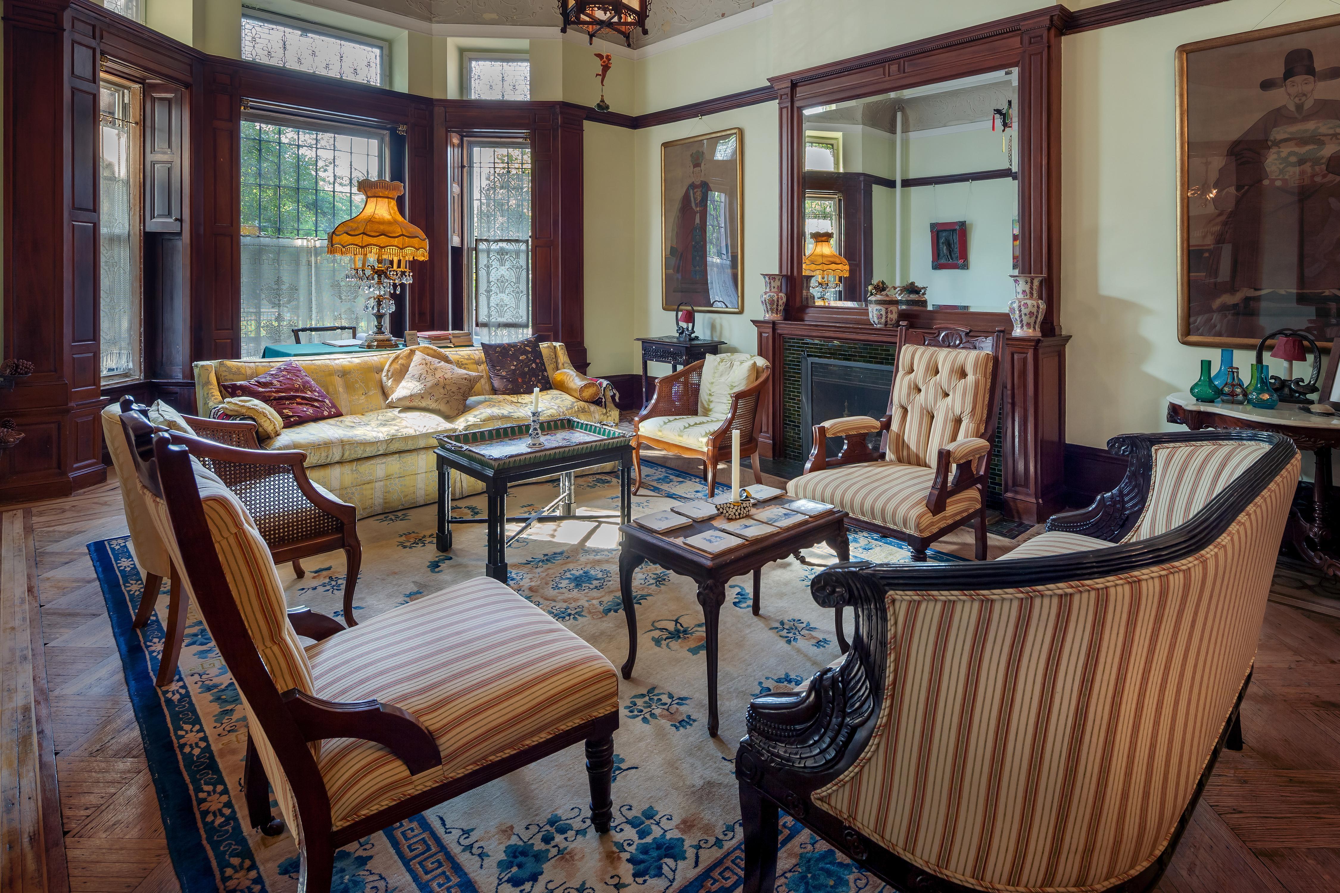 Private Suite in Manhattan Mansion photo 23324551