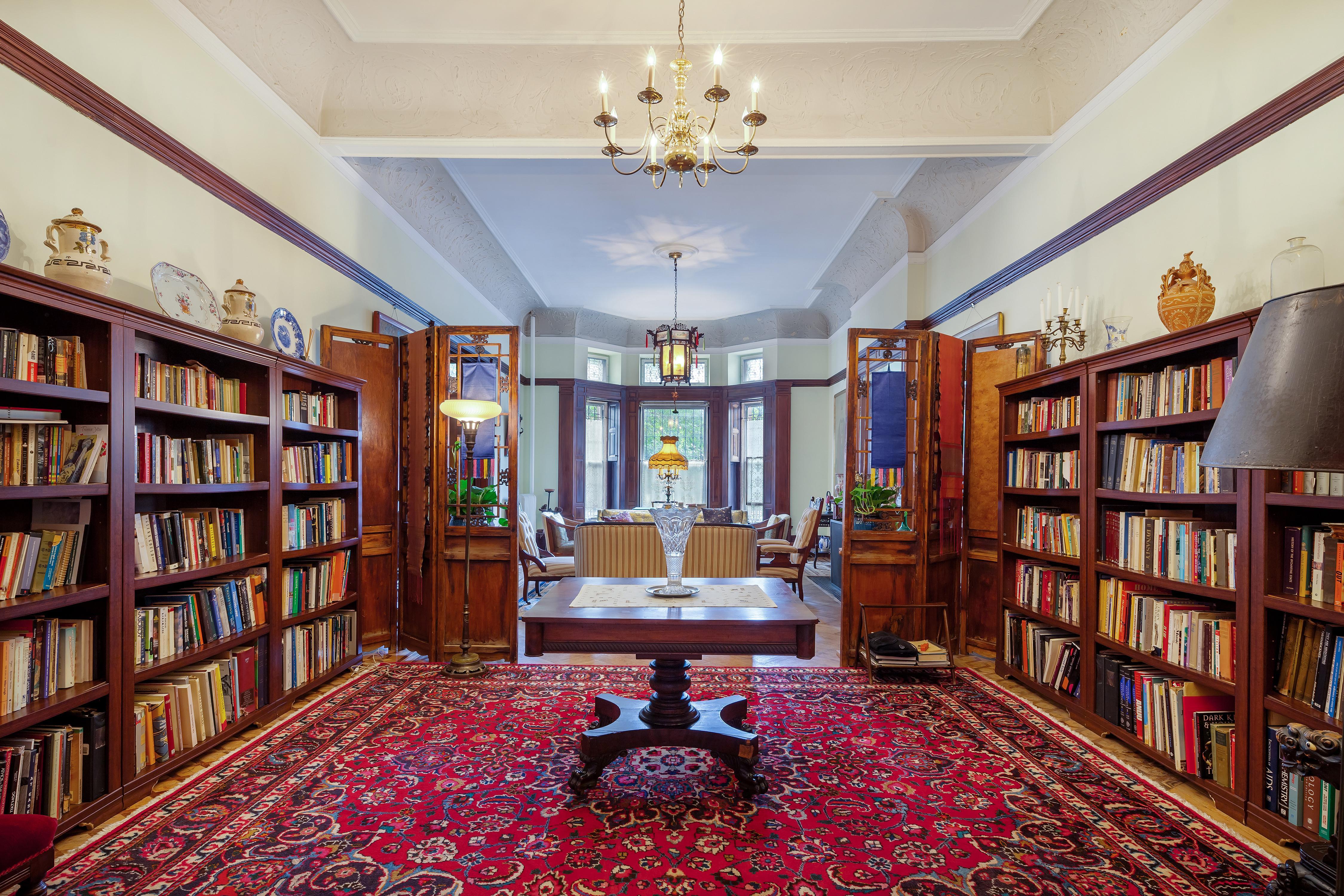 Apartment Private Suite in Manhattan Mansion photo 23324708