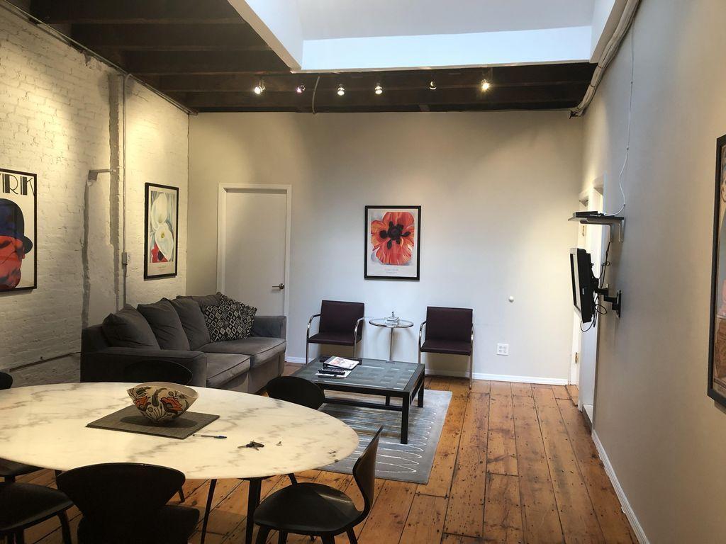 Apartment 3 bedroom 2 bath in the Flatiron district photo 102518