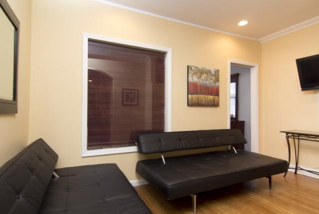 Convenient 2 Bedroom Apartment in Midtown East photo 51205