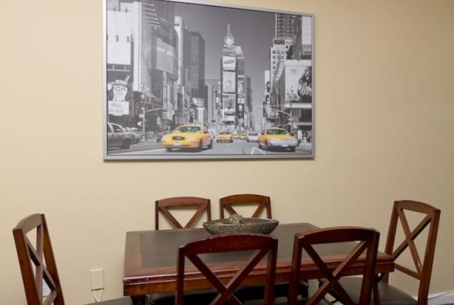 Stunning 3 Bedroom Apartment in Times Square photo 51184