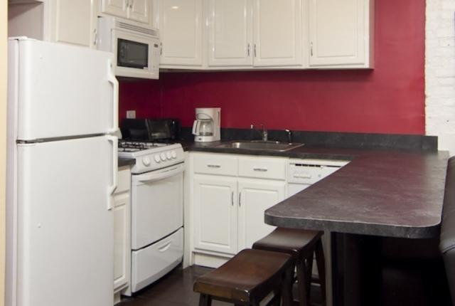 Spacious 4 Bedroom Apartment in Times Square photo 51581
