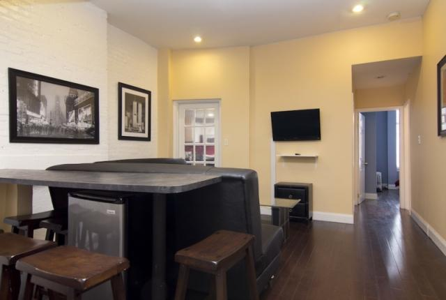 Spacious 4 Bedroom Apartment in Times Square photo 51579