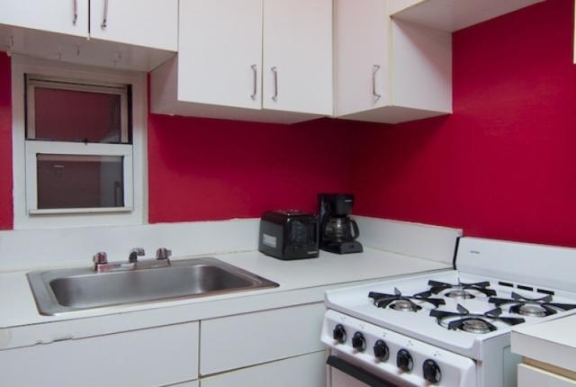 1 Bedroom Apartment in Midtown East photo 50743